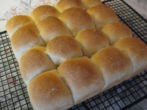 dinner-rolls-5